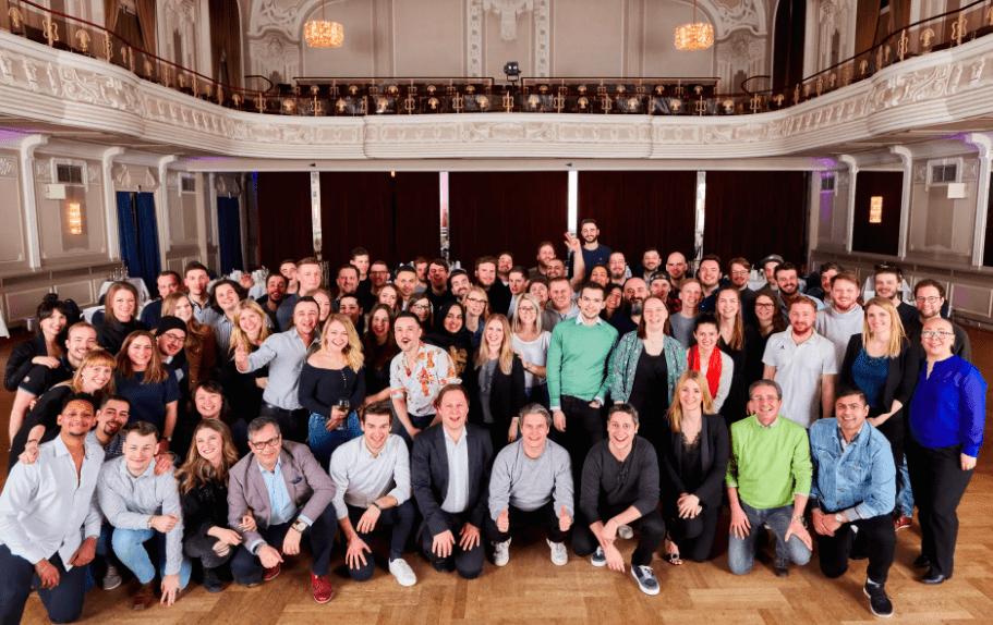 chronext-customer-service-team